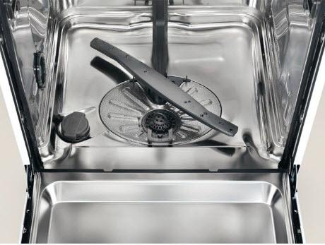 review masina de spalat vase Electrolux ESL5330LO